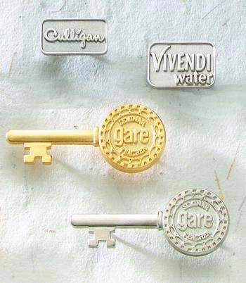 Economical Die Struck Brass Lapel Pin with Sandblast